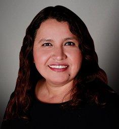 Paula De Flores