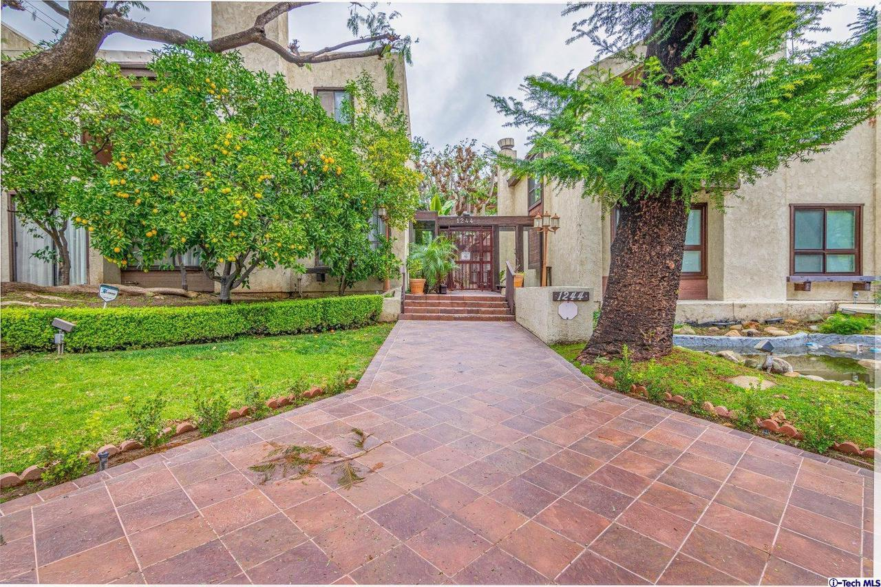 1244 VALLEY VIEW ROAD #129, Glendale, CA 91202