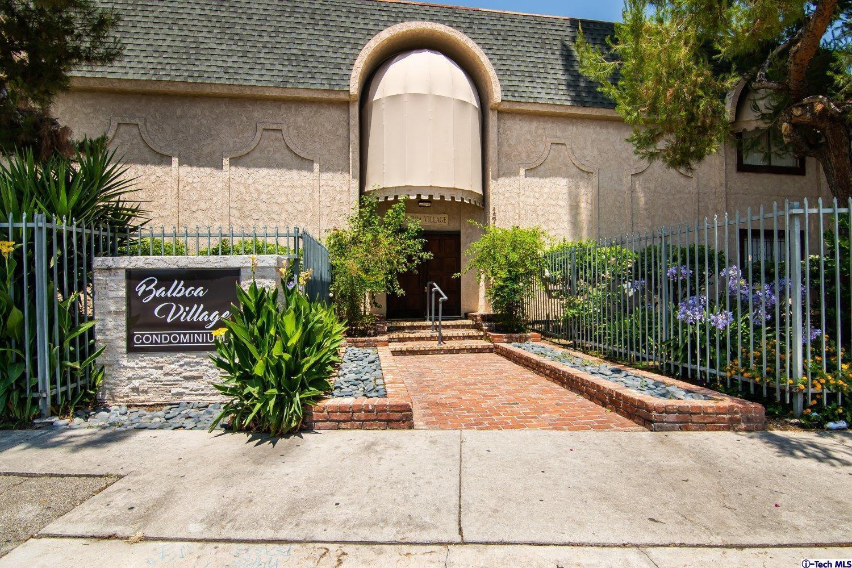 17151 Roscoe Boulevard #8, Northridge, CA 91325
