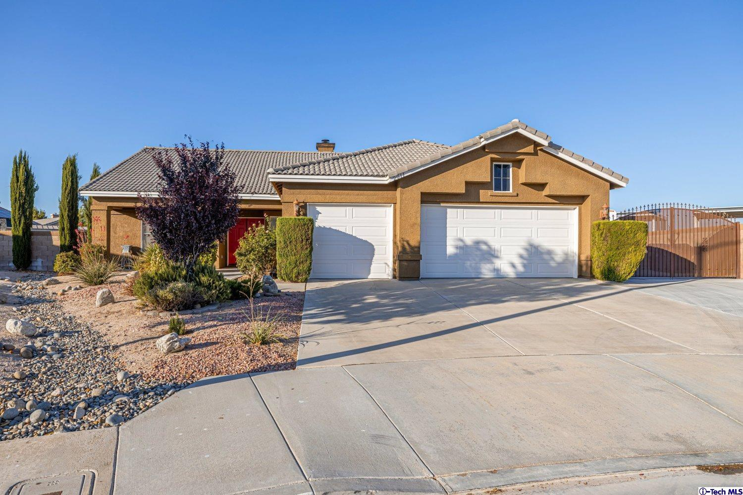 2011 Jeffrey Lane, Lancaster, CA 93536