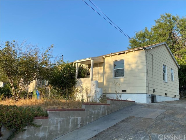 10360 Mcclemont Avenue, Tujunga, CA 91042