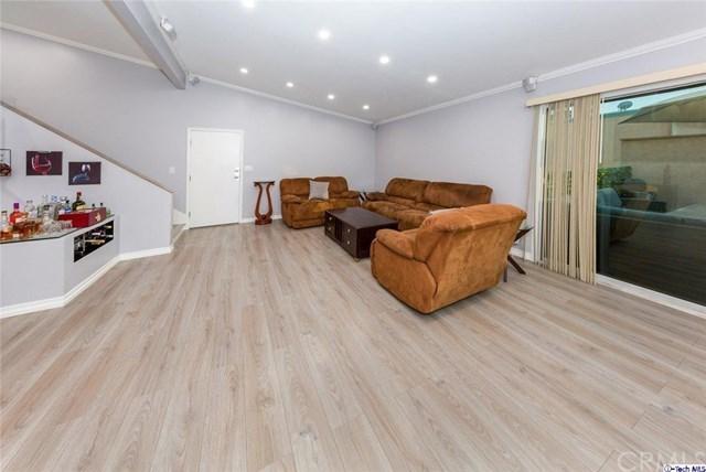 7924 Woodman Avenue #59, Van Nuys, CA 91402