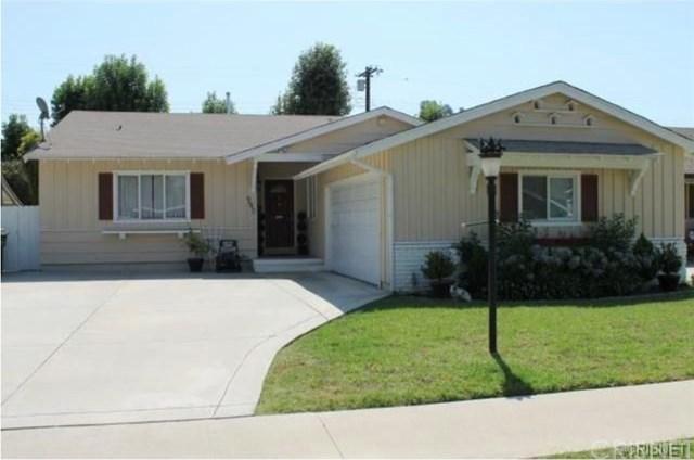 6642 Whitman Avenue, Lake Balboa, CA 91406