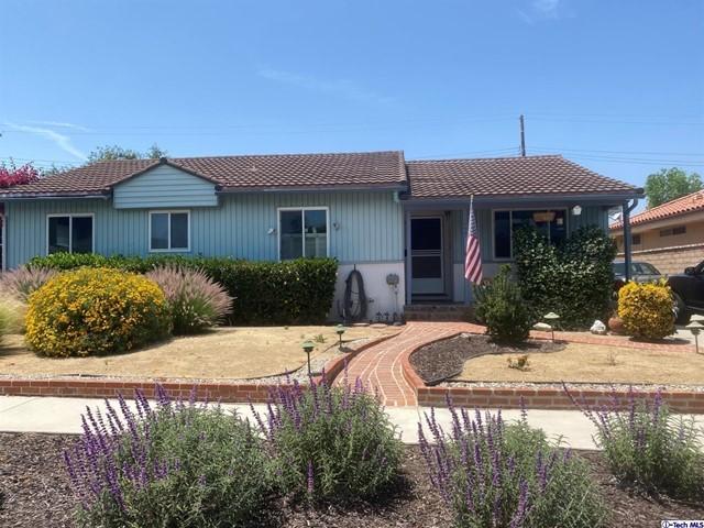 10727 Floralita Avenue, Sunland, CA 91040
