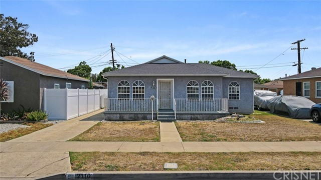 2116 W 94th Place, Los Angeles, CA 90047