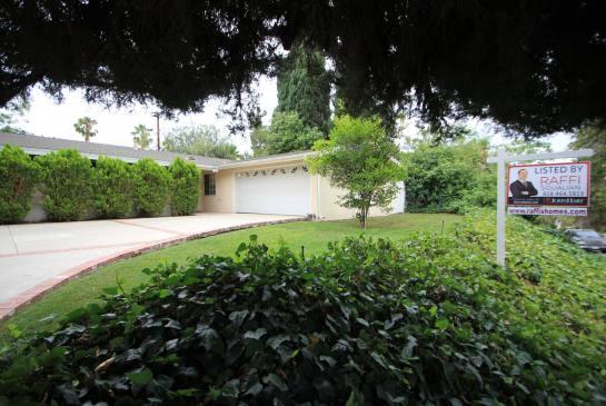 5434 Cromer Pl., Woodland Hills, CA 91367 | Photo 0