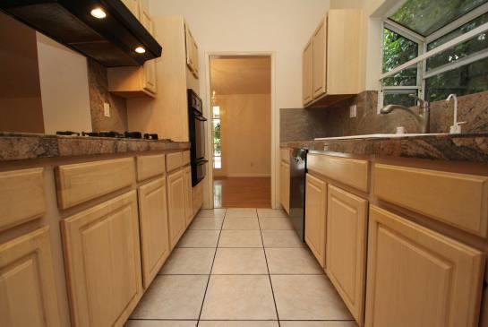 5434 Cromer Pl., Woodland Hills, CA 91367 | Photo 11