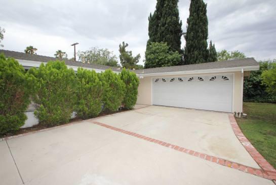 5434 Cromer Pl., Woodland Hills, CA 91367 | Photo 2