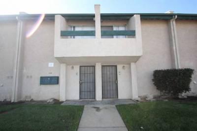 958 E. Ave Q12, Palmdale, CA 93550