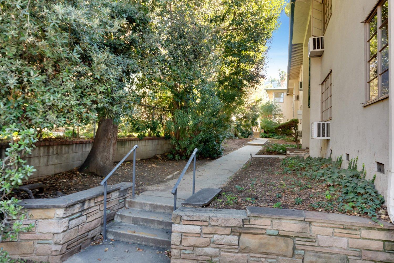 1748 N Verdugo Rd, Glendale, CA 91208 | Photo 26