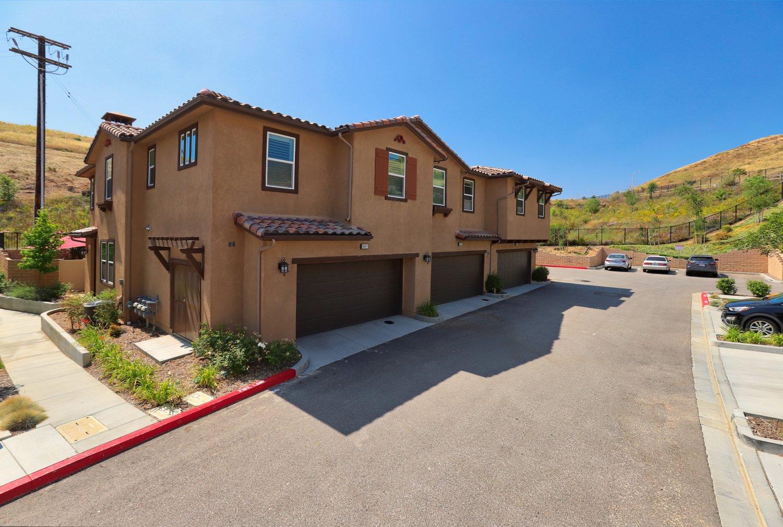2491 Blossom Ridge Ct Unit 2, Simi Valley, CA 93063 | Photo 3