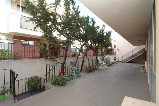 630 Orange Grove Ave #C, Burbank, CA 91501 | Photo 3