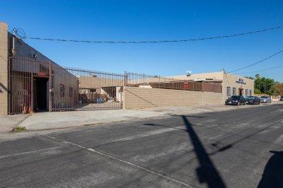 7400 San Fernando Rd, Sun Valley, CA 91352