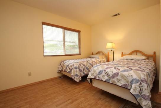 10245 Irma Ave, Tujunga, CA 91042   Photo 28