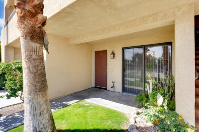 200 E. Racquet Club Rd Unit 41, Palm Springs, CA 92262