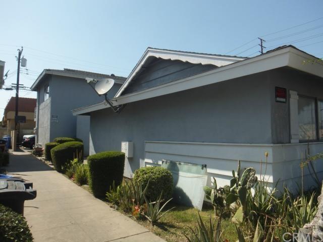 15825 Myrtle Avenue, Tustin, CA 92780