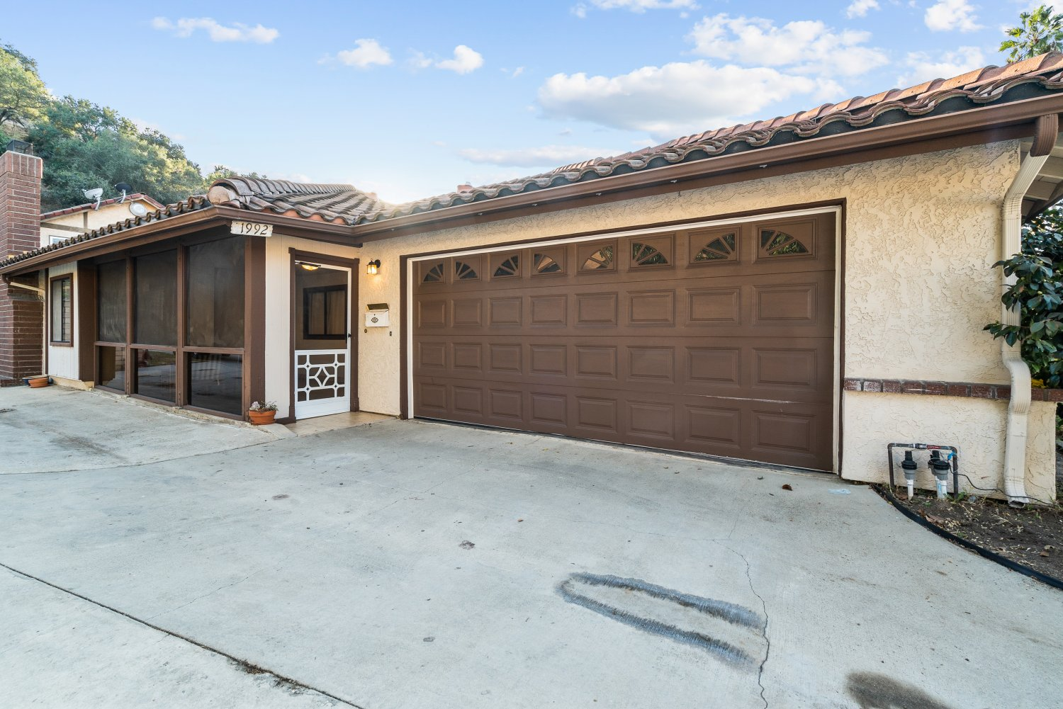 1992 E. Glenoaks Blvd, Glendale, CA 91206 | Photo 2