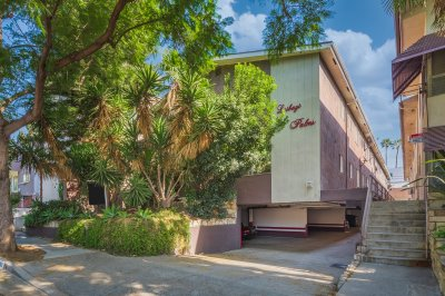1262 N Sweetzer Ave, West Hollywood, CA 90069
