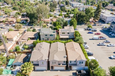15735 Wyandotte St Unit B, Lake Balboa, CA 91406