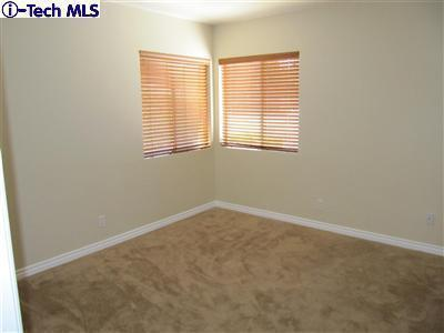 8031 Le Berthon Street, Sunland, CA 91040   Photo 17