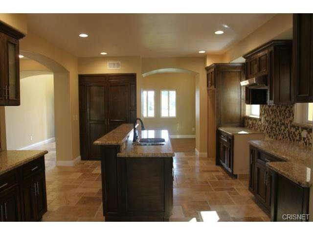 12814 Telfair Avenue, Sylmar, CA 91342 | Photo 9
