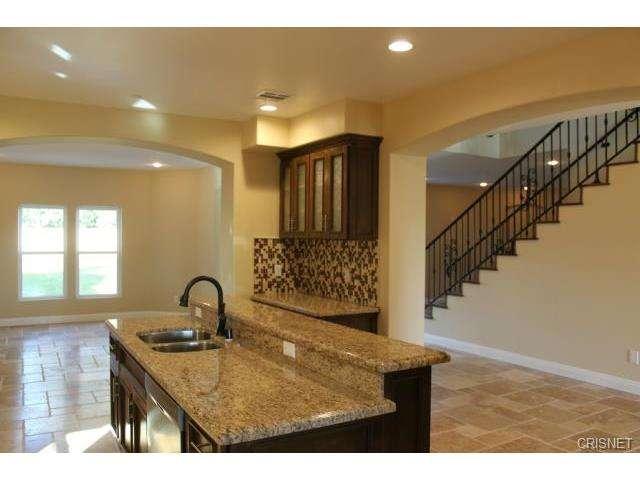 12814 Telfair Avenue, Sylmar, CA 91342 | Photo 12