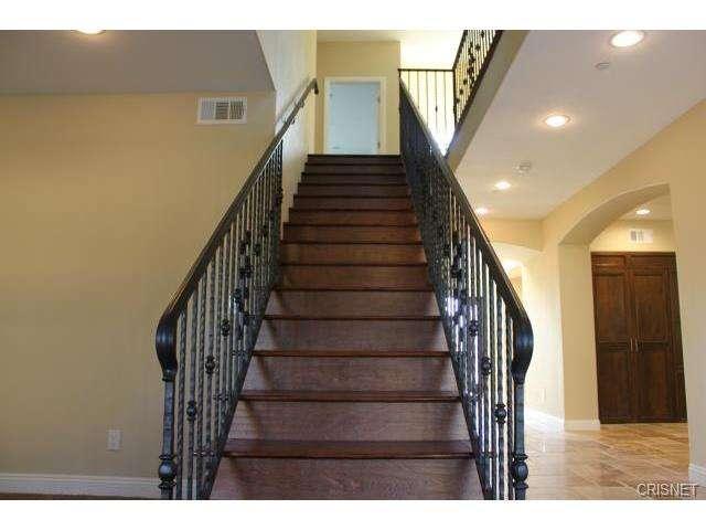 12814 Telfair Avenue, Sylmar, CA 91342 | Photo 19