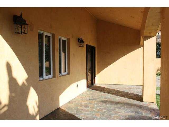 12814 Telfair Avenue, Sylmar, CA 91342 | Photo 2
