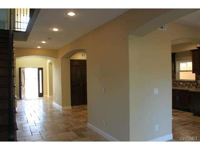 12814 Telfair Avenue, Sylmar, CA 91342 | Photo 5