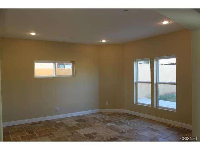12814 Telfair Avenue, Sylmar, CA 91342 | Photo 6
