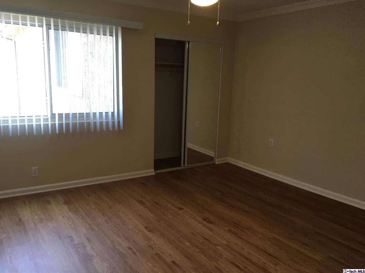3220 Altura Avenue #301 Unit 301, Glendale, CA 91214   Photo 3