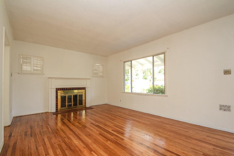 1369 Elm Avenue, Glendale, CA 91201   Photo 7